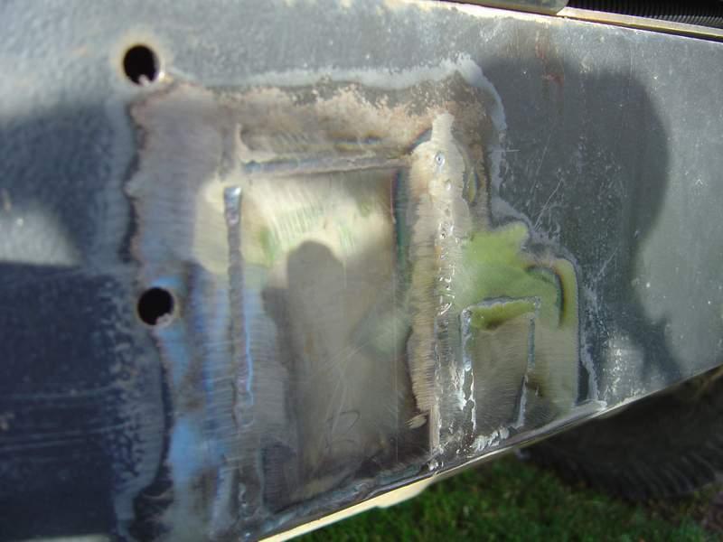 Remise en état d'une Traverse Arrière de DEFENDER Ts18
